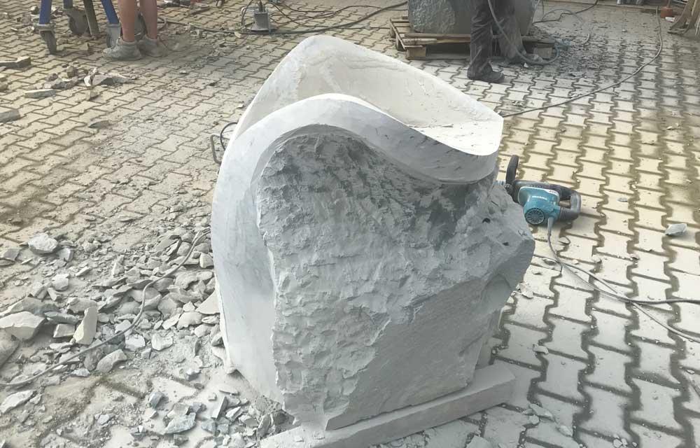 Skulptur Seeschlange Schwanzteil