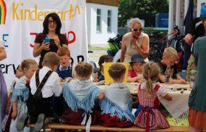 Kinderworkshop beim Steinbildhauersymposium in Bad Bayersoien